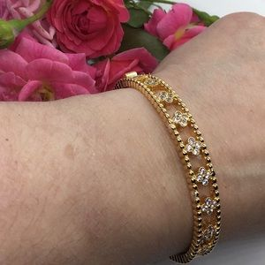 18K Gold Plated w/Diamonds, in a Four-Leaf Pattern
